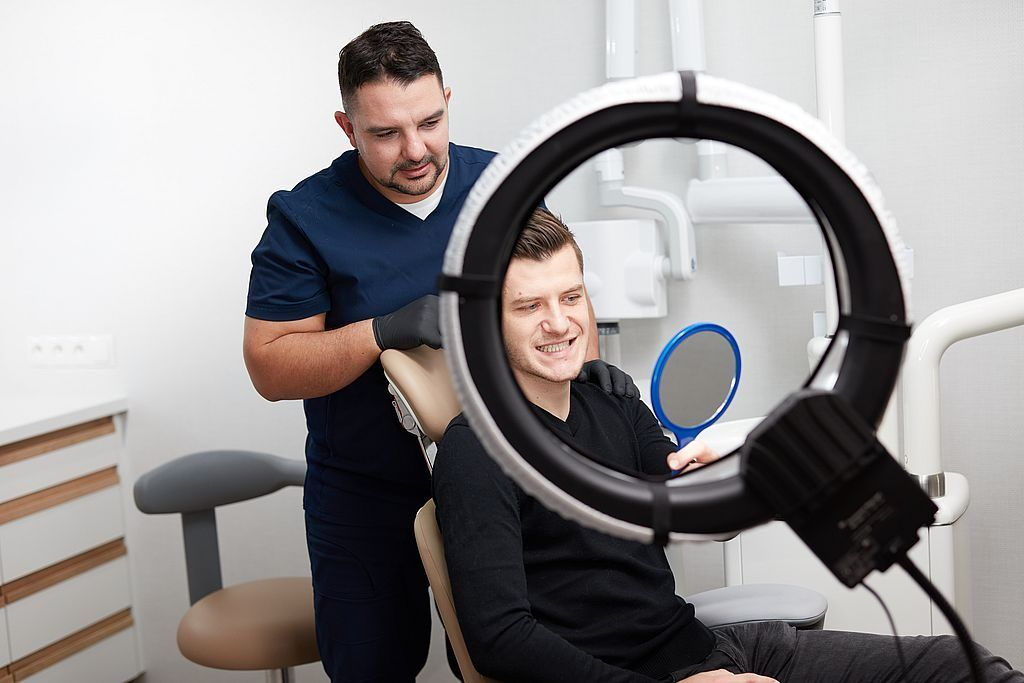 Why do patients from abroad since many years decide for implants treatments at Dr Zaranski 03